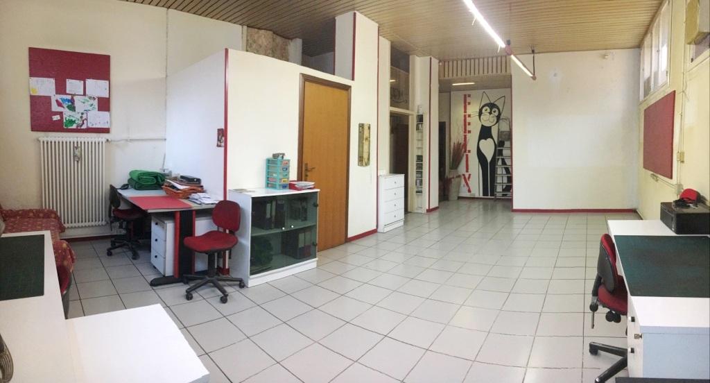 Ufficio in vendita in piazza de angeli fassicase for Ufficio 10
