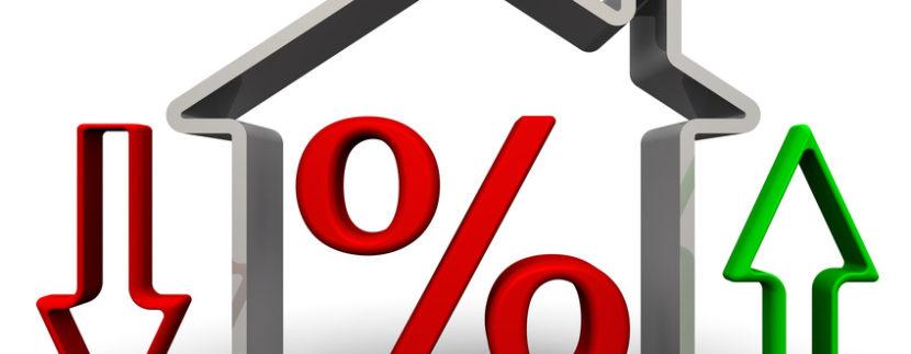 Immobiliare: Compravendite su. Prezzi giù.