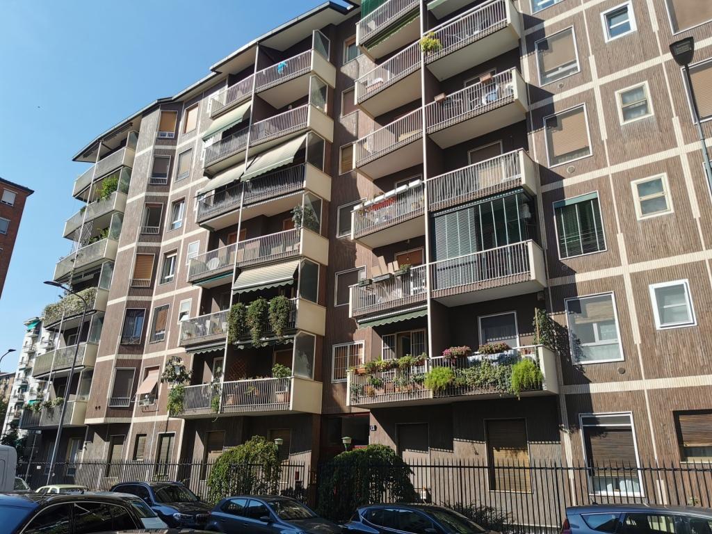 Appartamento bilocale in vendita a Milano Via Martinetti
